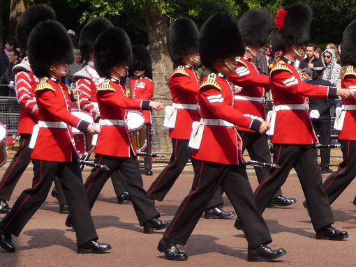 Private walking tours of London - the Changing of the Guard at Buckingham Palace