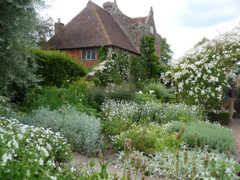 Private tours to Sissinghurst by car