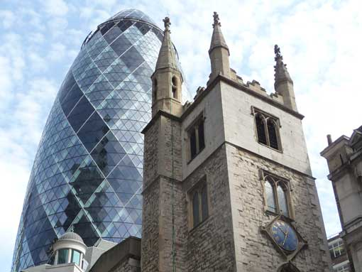 Tour London's contrasting architecture