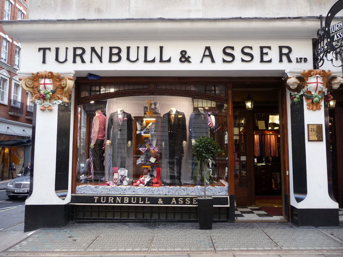 London Shopping – Traditional Style